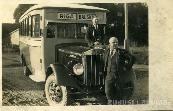 Photograph of a bus Riga - Bauska
